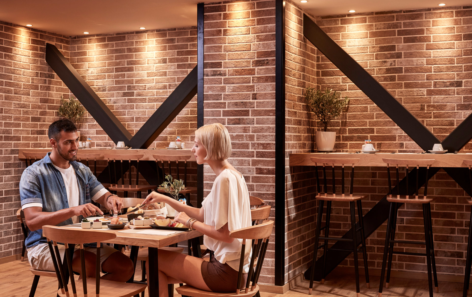 Couple at 626 all day restaurant having a breakfast