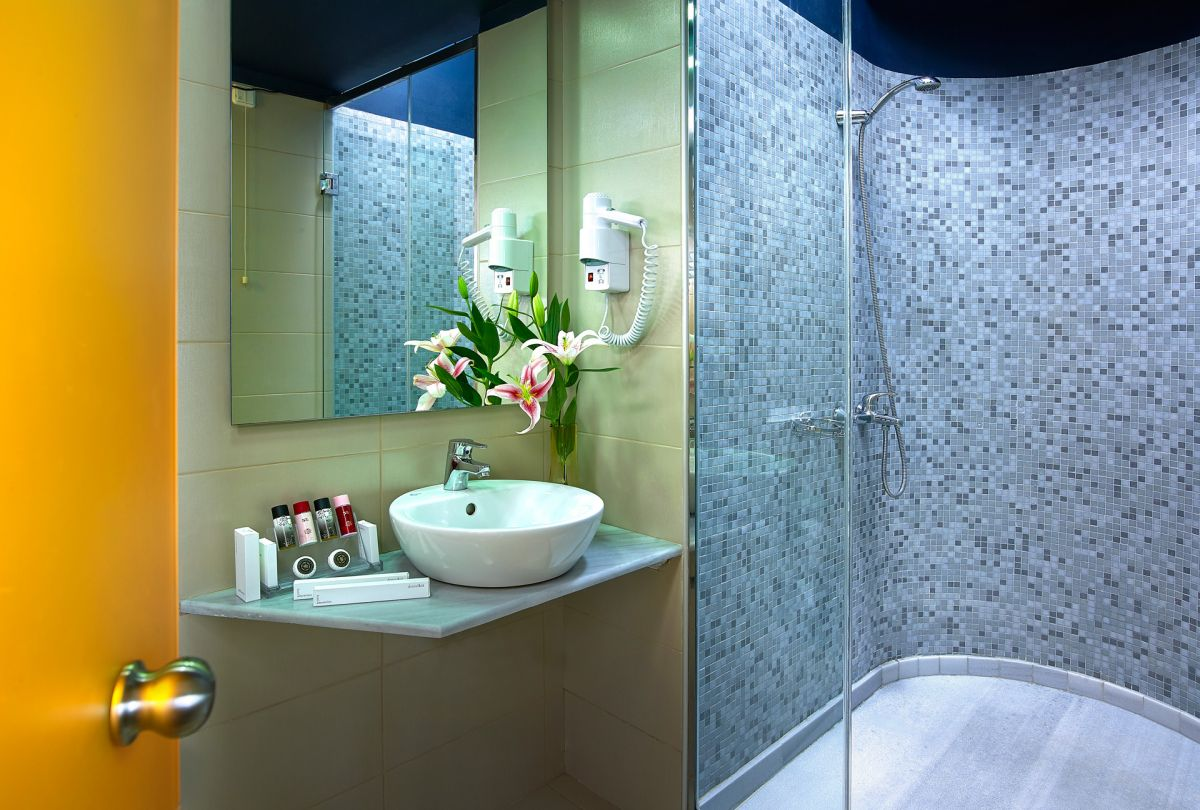 Junior Suite - Bathroom Detail - Lato Boutique Hotel