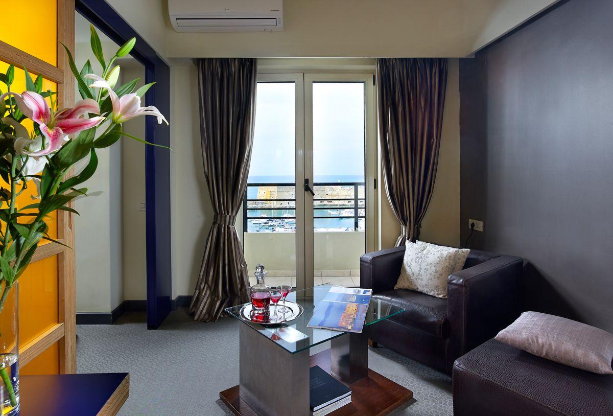 Junior Suite - Sitting Area - Lato Boutique Hotel
