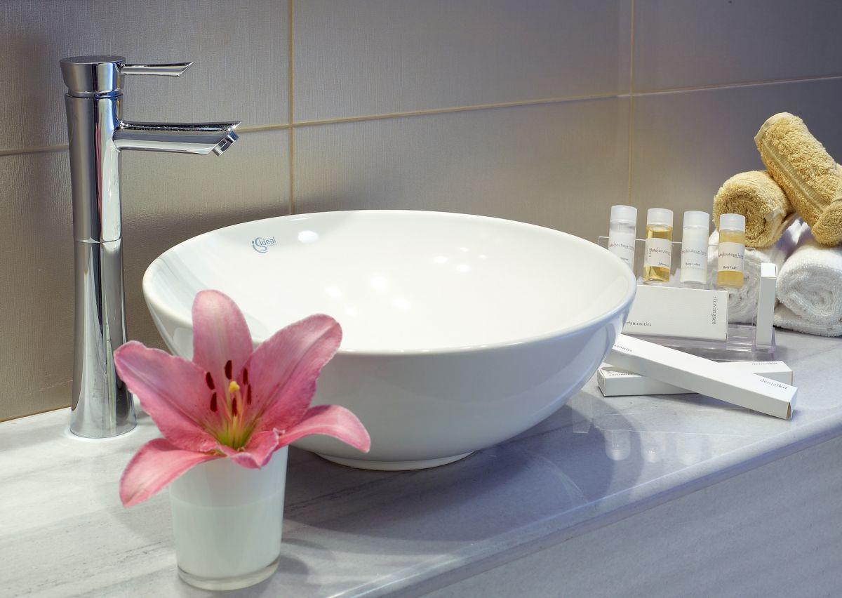 Executive Suite - Bathroom Detail - Lato Boutique Hotel